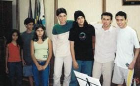 Elisa, Gabriel, Paula, Rodolfo, Igor, Juarez e Guilherme - 2003 - Câmara Municipal de Piraí