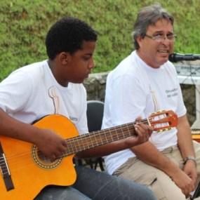 Claudinho e Carlos Henrique