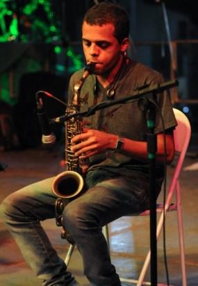 Marcio e seu saxofone na Cantata de Natal 2011 em Piraí