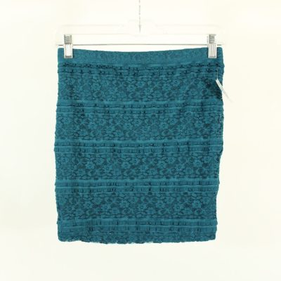 Forever 21 Teal Lace Fitted Skirt   Size S