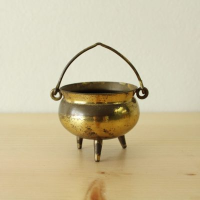 Peerage Made In England Brass Cauldron Miniature Ashtray
