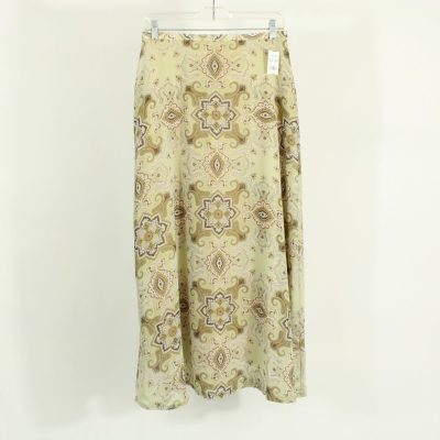 That's Me! Sage Green Paisley Skirt | Size 10
