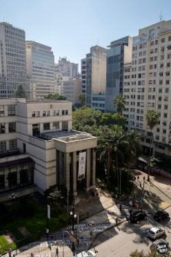 Biblioteca Mário de Andrade - Panorama fachada, calçada e hemeroteca - Foto Juca Lopes