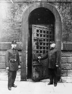 newgate-prison-entry-gate