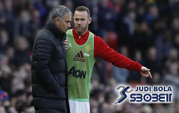Everton Jumpai Agen Wayne Rooney (1)