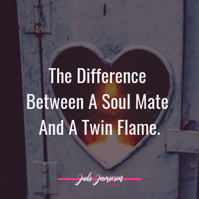 The difference between soul mate and twin flame