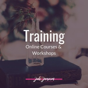 Psychic development training. A list of online courses by Judi Jamieson the psychic