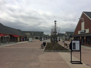 Meet Woodbury Common Premium Outlets.
