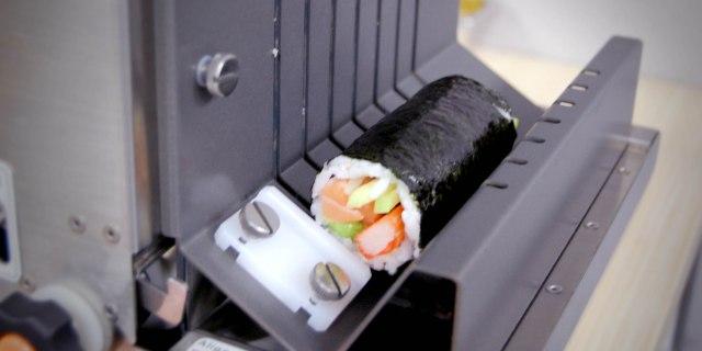 sushi cutter