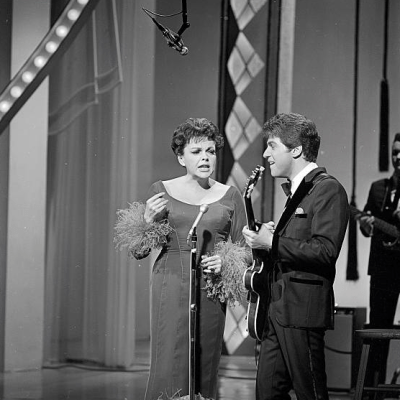 """Judy Garland and Johnny Rivers on """"The Hollywood Palace"""" 1966"""