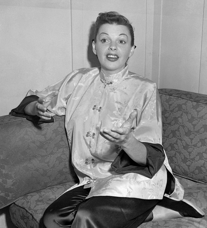 June 11, 1952 Judy Garland at the Curran in San Francisco