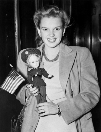 July-2,-1943-Arrival-at-Penn-Station-NOT-USO-TOUR