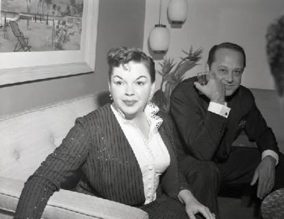 September 1, 1958 Press Conf at Bismark Hotel Chicago