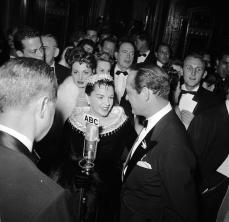 1954-9-29-PremiereGrove3