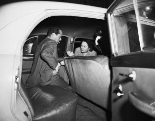 September-30,-1951-Sid-in-Car-Wreck-1