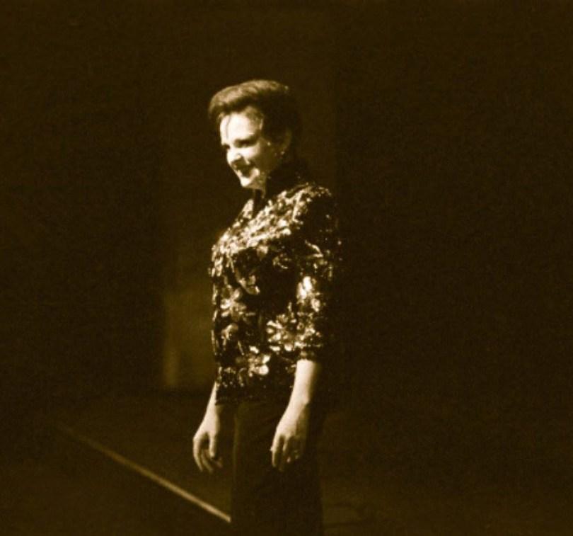 Judy in Paris 1960 b