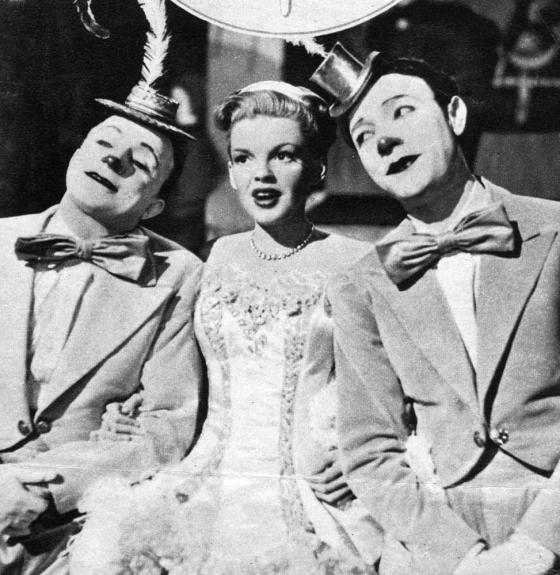 "November 8, 1945 Judy Garland ""D'Ya Love Me?"""