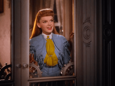 Judy-Garland-in-Meet-Me-In-St-Louis