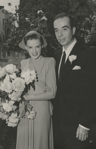 Judy-Garland-and-Vincente-Minnelli-June-15,-1945