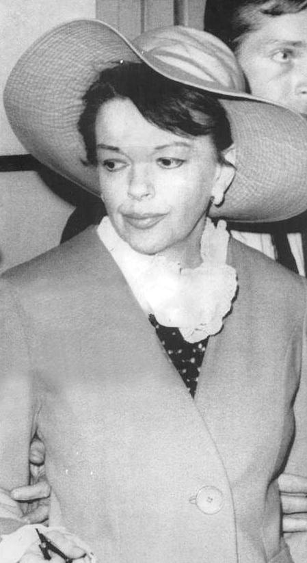 Judy-Garland-circa-April-12-1967