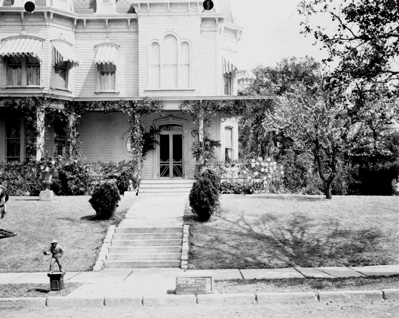 "The Smith family home set on the recently built ""St. Louis Street"" on MGM's Backlot #3, built specifically for Meet Me In St. Louis."