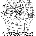 King Pig se sube a la cesta con los Pájaros