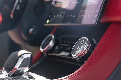 Jag_F-PACE_21MY_10_Location_Interior_20_Detail_150920