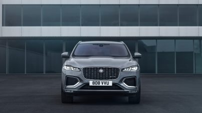 Jag_F-PACE_21MY_22_Location_Static_06_Front_150920