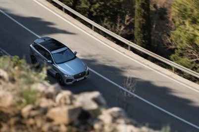 Jag_F-PACE_21MY_35_Location_Driving_150920_HR_DSC01073-2