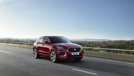 Jag_E-PACE_21MY_Exterior_281020_085