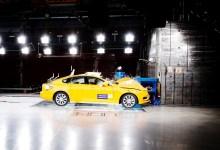 Photo of 20 Jahre Testen und Lernen für die Sicherheit: Crash-Labor des Volvo Cars Safety Centre feiert Geburtstag