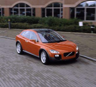 7245_Volvo_SCC_Safety_Concept_Car_2001