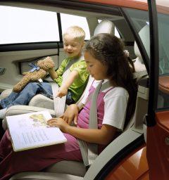 7262_Volvo_SCC_Safety_Concept_Car_2001