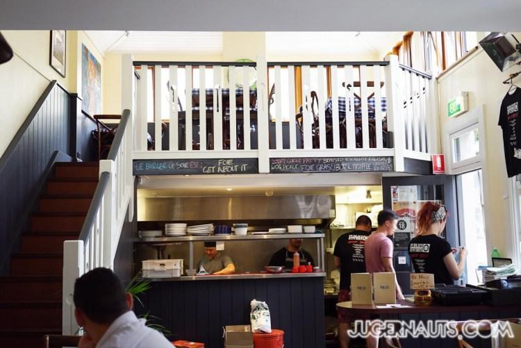 Pub life kitchen Ultimo-5