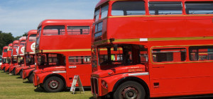 London_bus_EveryStockPhoto_davidnikonvscanon_01