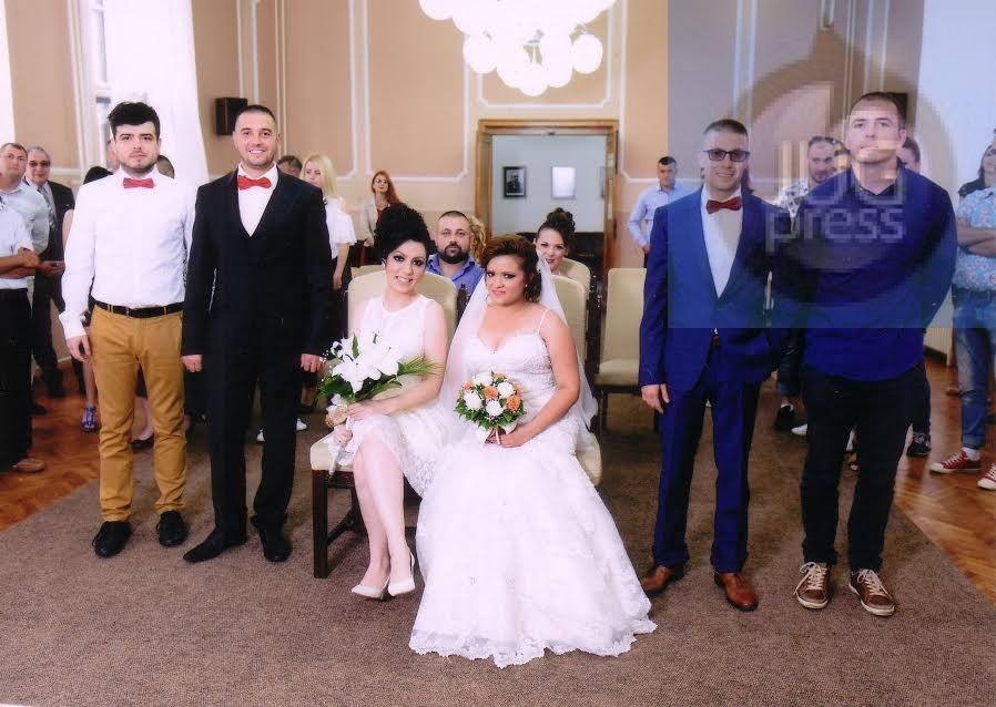 Rodjena braća se venčala istog dana