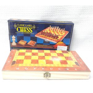 ajedrez_de_madera_juguetes_en_medellin