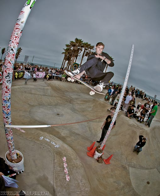 JAMIE QUAINTANCE. HIGHEST OLLIE CONTEST. PHOTO: RAY RAE GOLDMAN