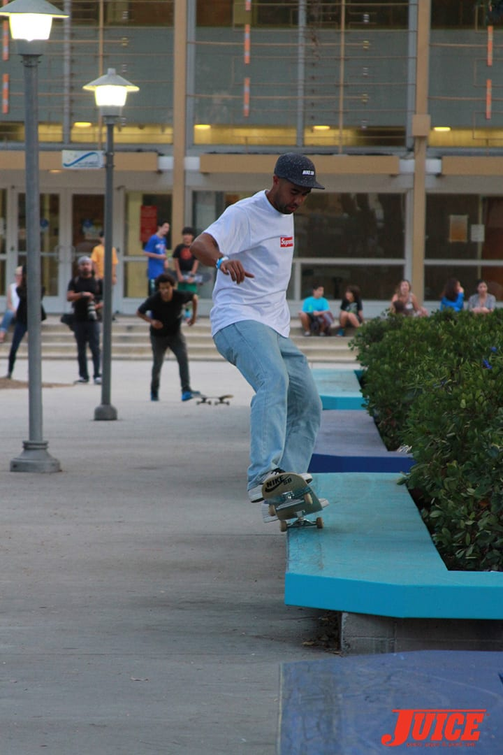 ERIC KOSTON. WEST L.A. COURTHOUSE. PHOTO BY DAN LEVY