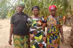 Eggon Grandmother and her daughters in Langa Langa Village, Nasarawa State, Nigeria #JujuFilms
