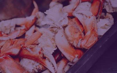 Grilled Garlic Crab Legs with Chile Ginger Lime Dipping Sauce
