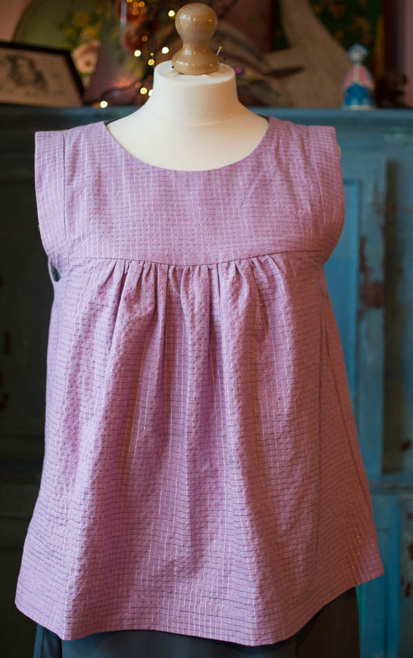 Tessuti's Alice Top made in Anna Maria Horner chambray with lurex.