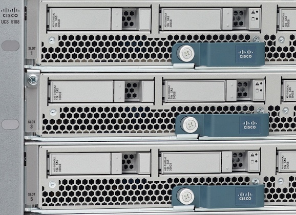 Comment: Cisco should hit harder, or give up… (about storage)