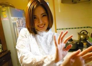 【松野ゆき】「いや~いっちゃう!だめ!!」他人チンコにマジ興奮した性欲妻が自宅で濃厚精子孕みSEX!