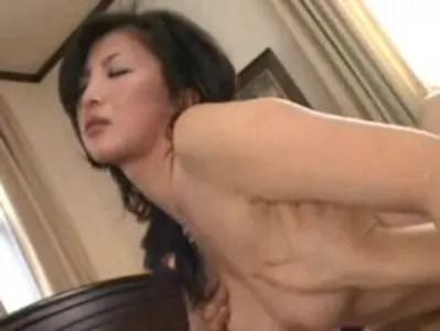 桐島千沙が濃厚セックスで悶絶絶頂!