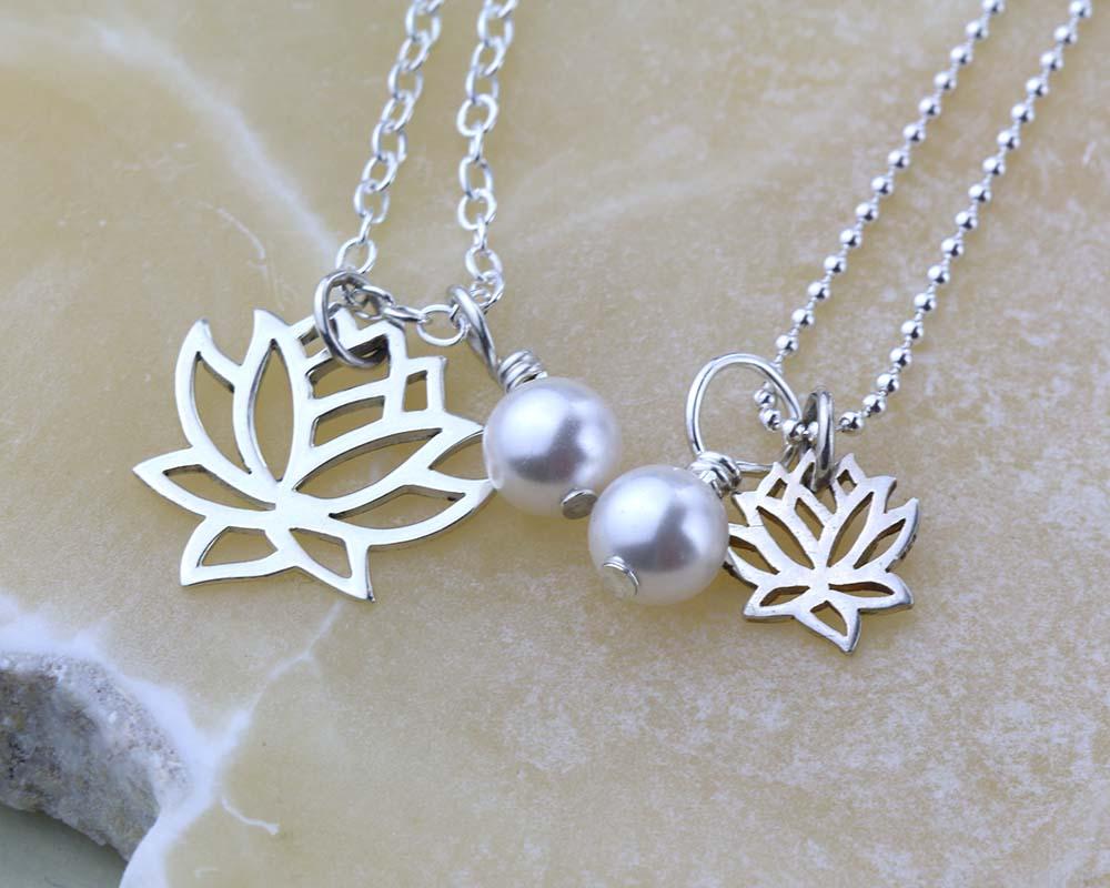 Lotus necklaces - 2 sizes