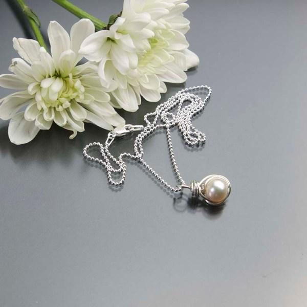 Jewelry pearl pendant