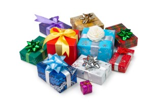 Reglerne for Pakkeleg, officelle regler til pakkeleg, officielle regler i pakkeleg, pakkesleg rigtige reglern, pakkeleg, reglerne til pakkeleg, hvordan spiller man pakkeleg, pakkelegs regler, pakkeleg regler, gaver til pakkeleg, gaver pakkeleg, pakkeleg gaver, sjove gaver til pakkeleg, fjollede gaver til pakkeleg, sjove gaver pakkeleg, søde gaver til pakke leg, gaver til tøse pakkeleg, gaver til pige pakkeleg, gode gaver til pakkeleg