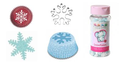 Kagetilbehør med snefnug, snefnug kage, kage med snefnug, kagetilbehør med sne, sne kager, snefnug kager