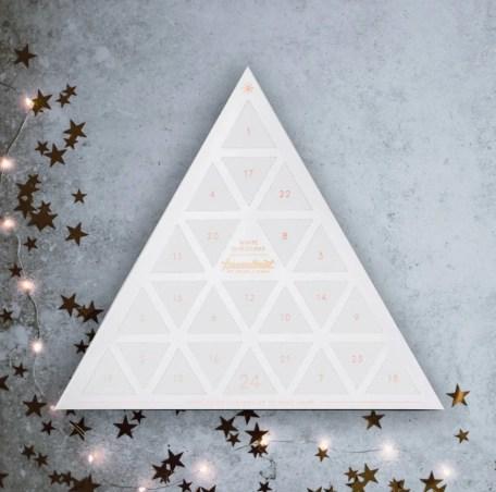 Karamelleriet julekalender, karamel julekalender, julekalender med karamel, julekalender til voksne, voksen julekalender 2020, voksen julekalender 2020, julekalender med slik i, julekalender med karamel til voksne